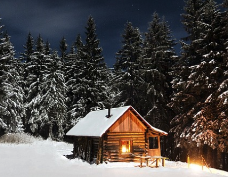 A beautiful Tahoe cabin on a starry night