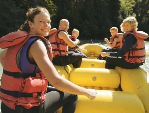 family-river-rafting
